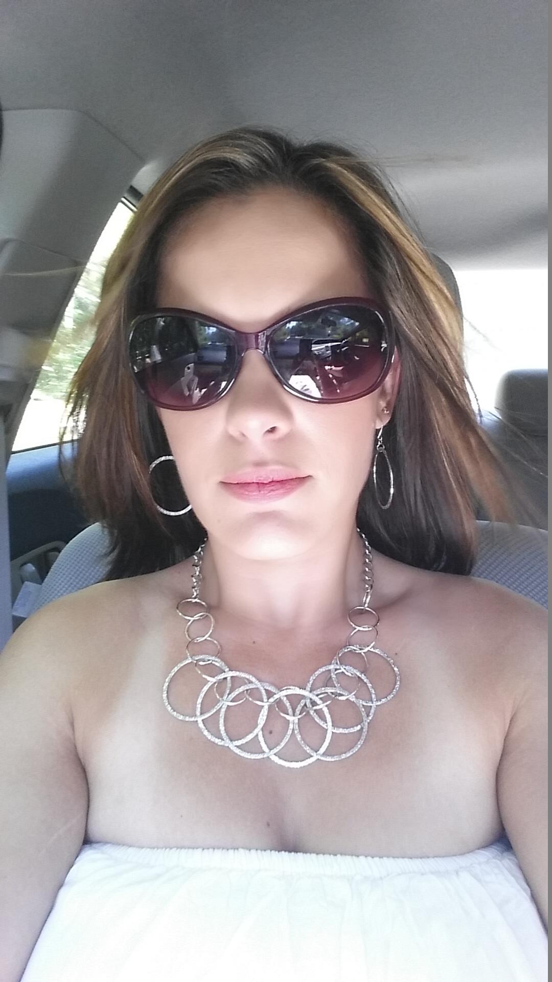 Alison Mello avatar